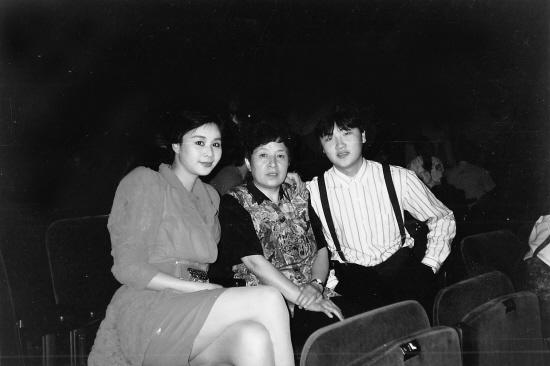 """邱昱1991年在马来西亚参加第三届""""金风筝""""世界流行"""