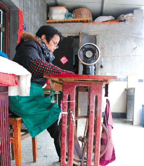 [过年做新衣穿新衣]寻找下沙坚守的裁缝师傅;;; 件都是裁缝做的;